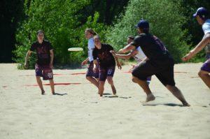 trening ultimate frisbee BC Kosmodysk